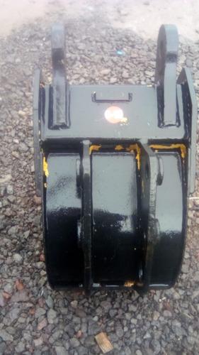 02) cucharon para retroexcavadora 16  (40 cm)