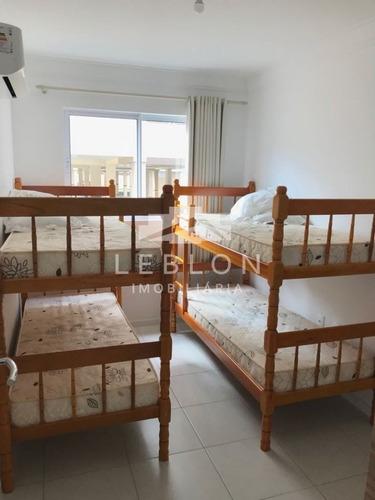 02 dormitórios sendo 01 suíte - 1880