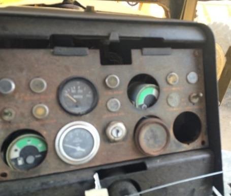 02) motoconformadora john deere 670 1976