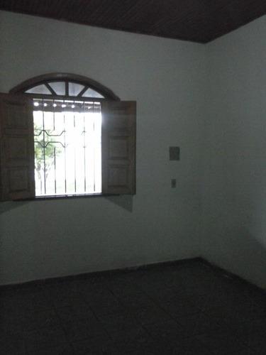 02 quartos - bairro centauro - cs1360v