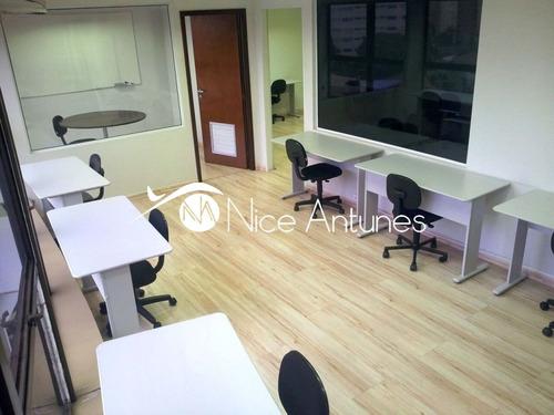 02  salas  de  trabalho  grandes  e  compridas  (ideal  para  fazer   bancadas  de  trabalho,  mas - na11634