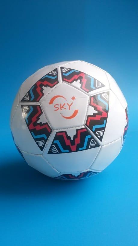 03 Bola De Futebol Jogos Competição Coloridas Entrega Rápida - R  46 ... 57e6ac09332f6