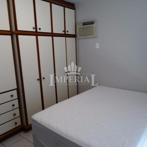 03 dormitórios na quadra do mar - 352