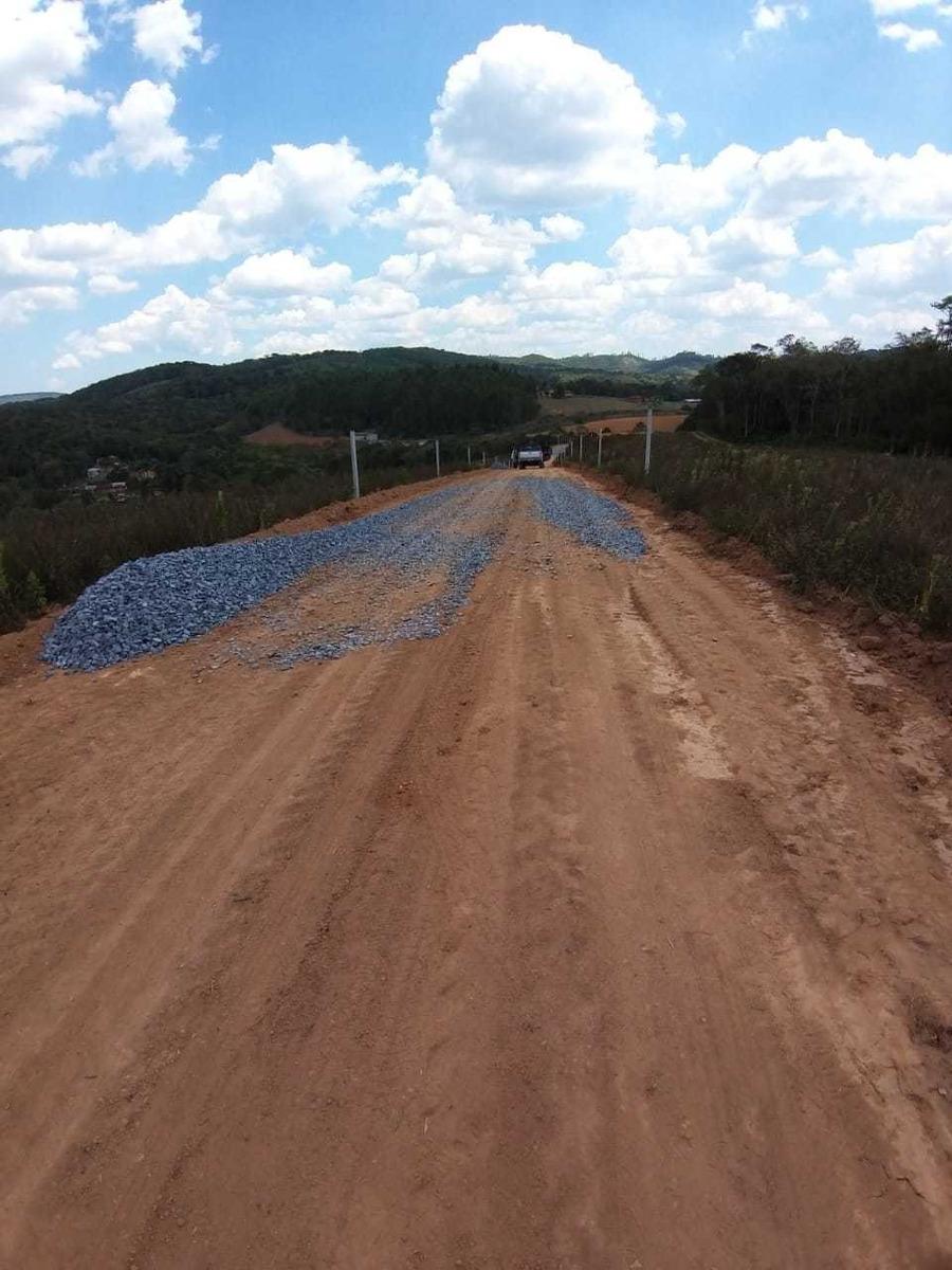 03 lote c/ infraestrutura em ibiuna 600 metros