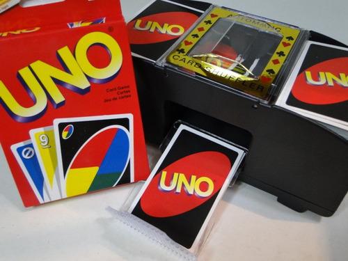04 pilhas + embaralhador de cartas com  02 jogo  uno