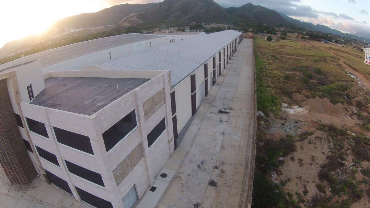 04143256451 vendo edificio empresarial en margarita