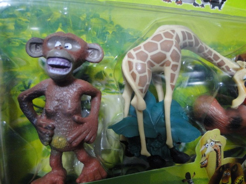 05  bonecos  juntos   de    madagaskar  personagens  disney