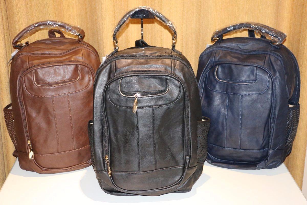 94e1f50e3b 06 mochila feminina bolsa couro sintético produto importado. Carregando  zoom.