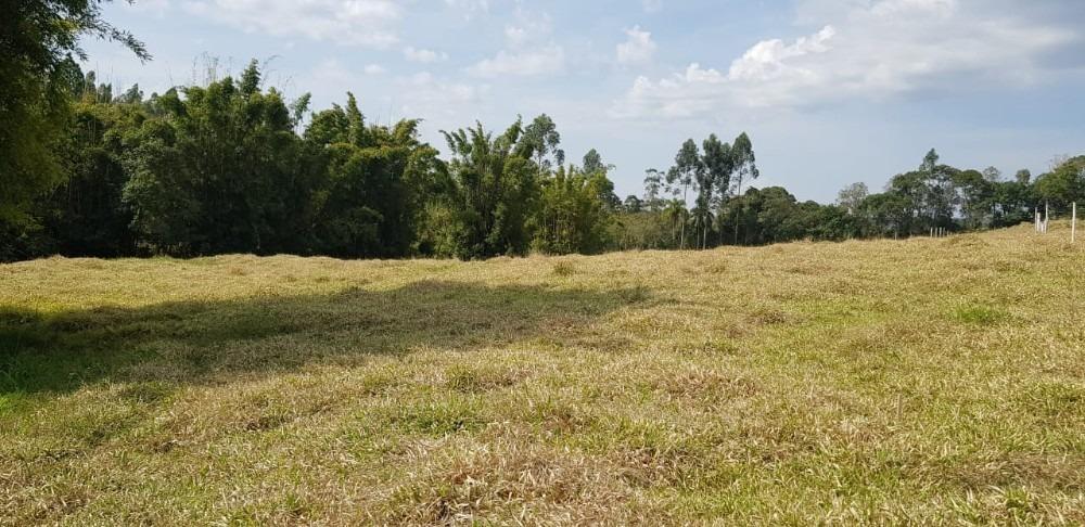 06-terreno de 1.000 m2