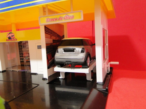 08 automoveis + posto combustivel 52x38x18cm diorama
