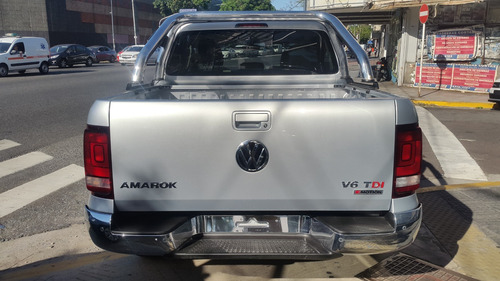 0km volkswagen amarok 3.0 v6 cd highline 4x4 tasa 5% vw 28