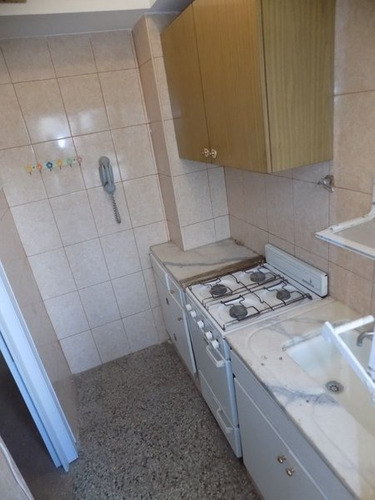 1 amb amplio con lavadero y baño rreciclado - pleno centro