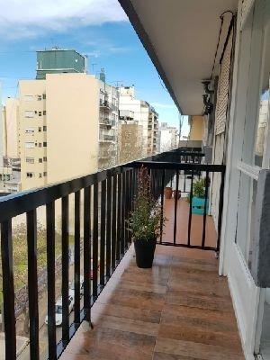 1 amb reciclado a la calle con balcón