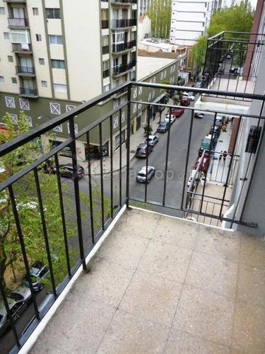 1 amb reciclado a la calle con balcón - para 2/3 - brown y arenales - verano 2019