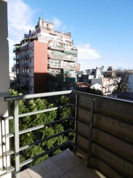 1 ambiente con balcón, en venta, paternal!