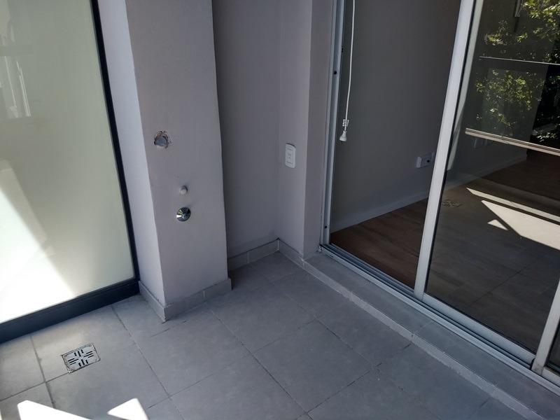 1 ambiente divisible al frente con balcón a estrenar !!!