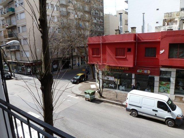 1 ambiente externo con balcón