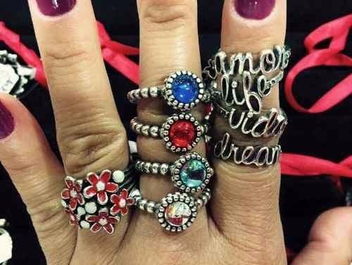 1 anel estilo pandora  prata 925 com pedra varias cores