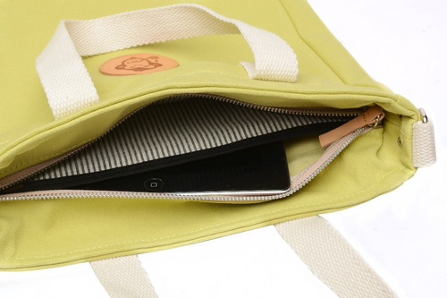 1 bolso de lona con llavero moul modelo mark color verde