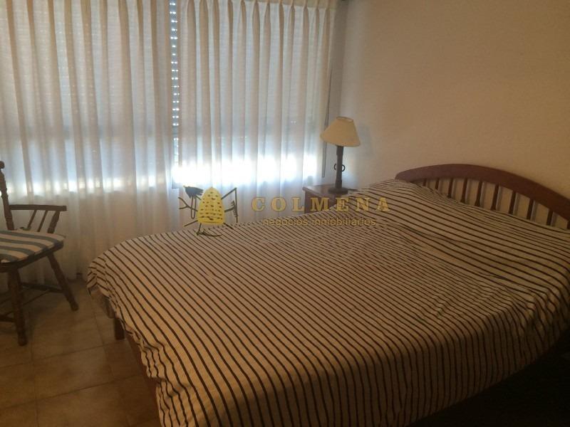 1 dormitorio, en el mejor punto de punta del este. a metros de la playa mansa! -ref:745