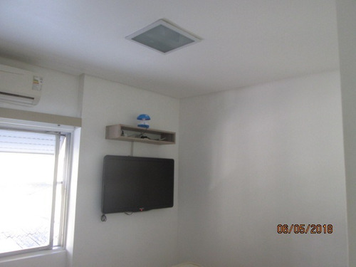 1 dormitório garagem demarcada meia quadra praia boqueirão