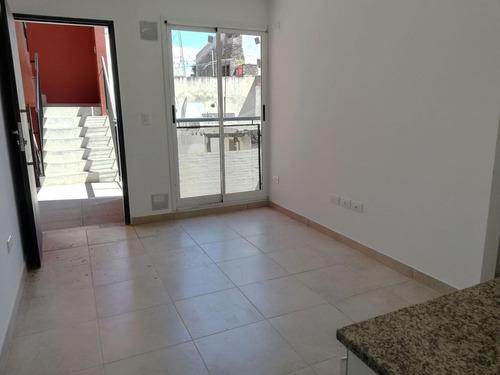 1 dormitorio tipo condominio. terraza exclusiva