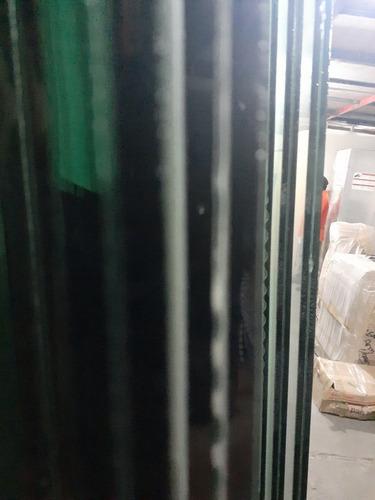 1 hoja de vidrio templado 3.92x1.75 y 9mm de grosor