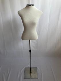 c76ea52b6 Manequim Feminino Forrado Busto Vitrine Loja Confecção - Indústria Têxtil e  Confecção no Mercado Livre Brasil