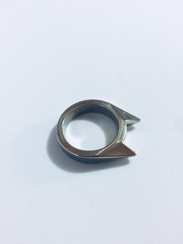 1 manopla puño americano y gratis un anillo de defensa