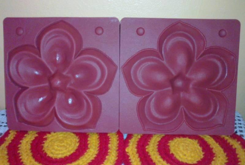 1 Par Molde Rosa Gigante P Flores Goma Eva Y 2 Cintas Verde 395