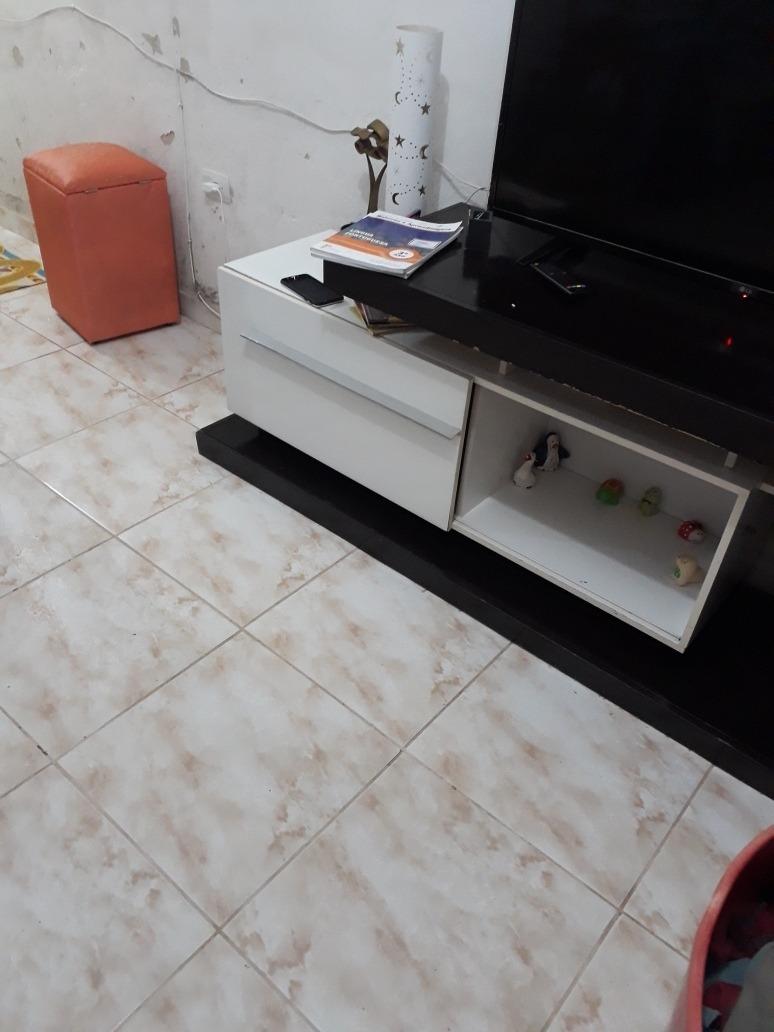 1 quarto sala cozinha banheiro  e garagem, mais terreno para