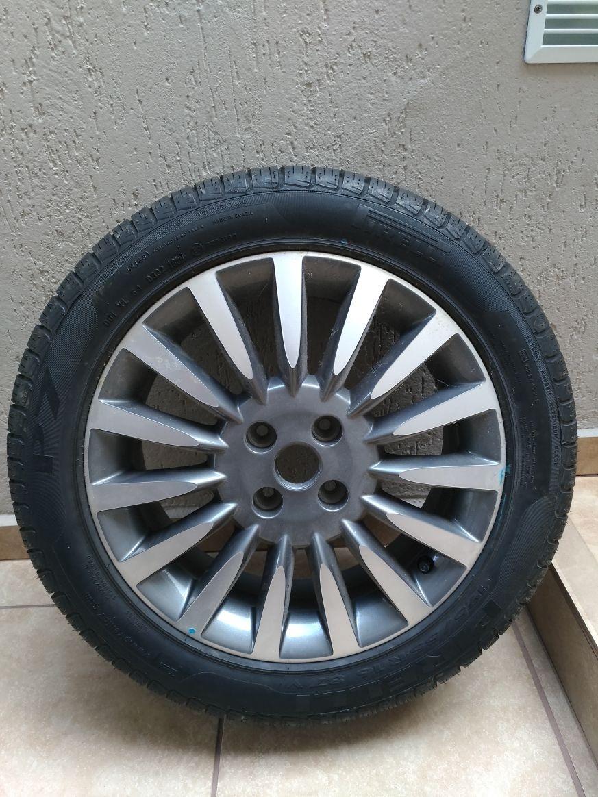 1 roda fiat punto sporting 16 c pneu pirelli p7 195 55 novo r 949 99 em mercado livre. Black Bedroom Furniture Sets. Home Design Ideas
