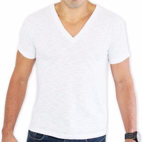 d425f7f4e7 Camiseta Aleatory Flame Gola V - Camisetas e Blusas no Mercado Livre Brasil