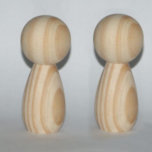10 casal de noivinhos em madeira crú  11,5 cm e 10 de 9 cm