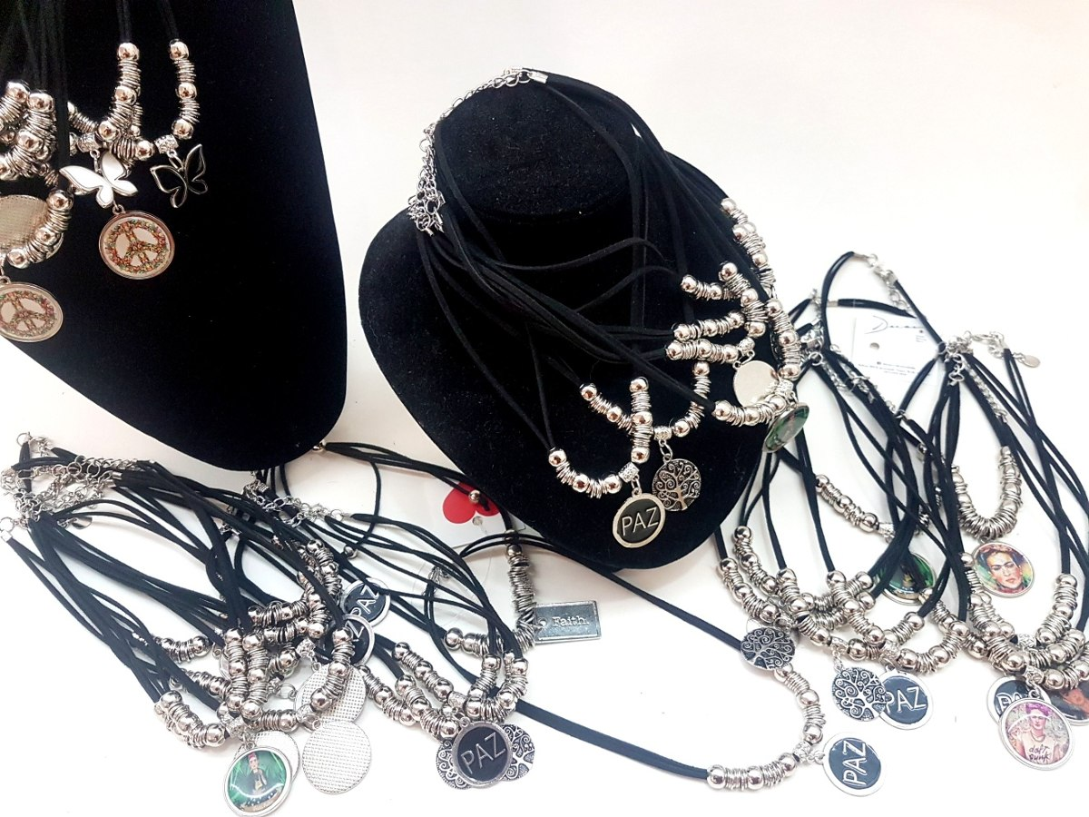 3a906b1a662b 10 collares accesorios moda por mayor colgantes. Cargando zoom.