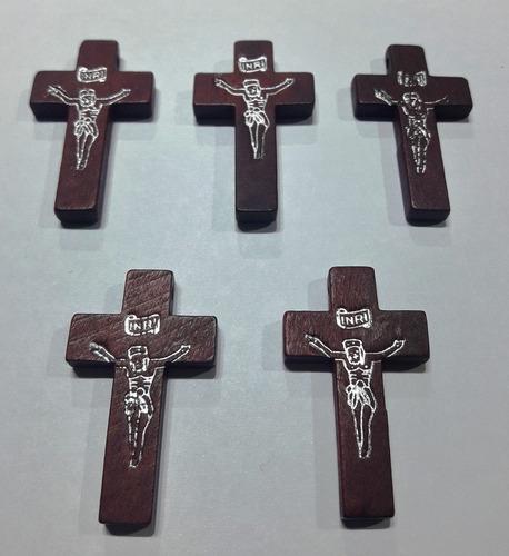 10 cruces madera 4 cm x 2,5 cm  con cristo rosarios cr11