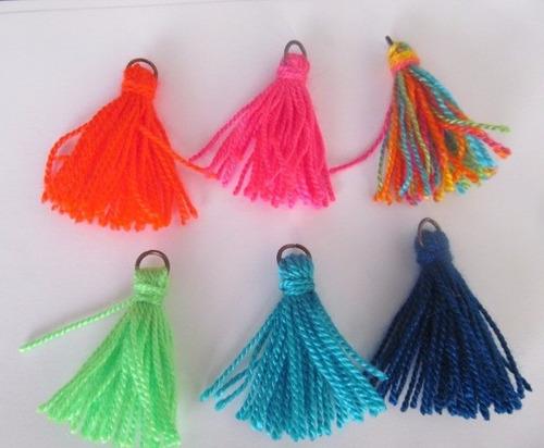 10 flecos de hilo borlas para armar pulseras collares 4cm