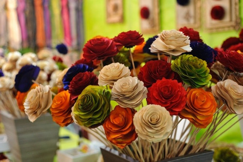 10 flores de madeira grandes rosas unidade (atacado)