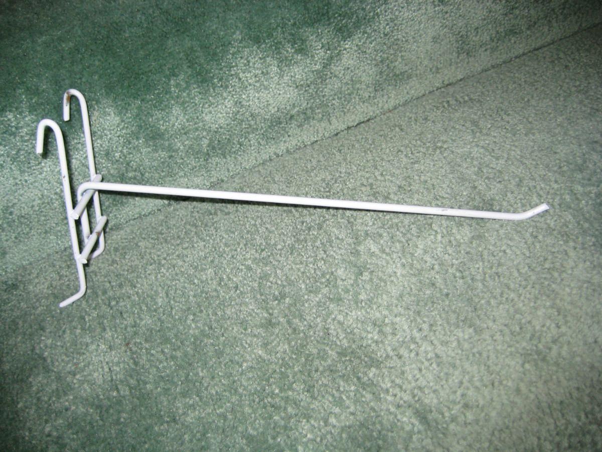 10 ganchos y 2 repisaspara rejillas de exhibici n mmu for Ganchos para repisas