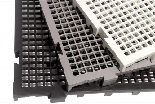 10 palete / pallets / pisos e estrados em plastico
