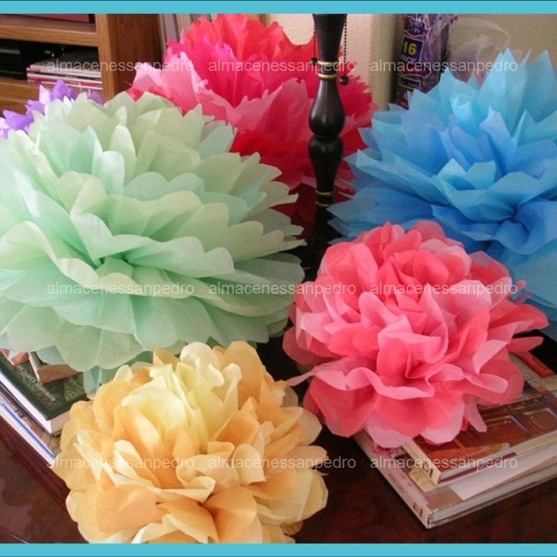 10 pantallas pom pom de colores para adornar tus fiestas - Decoracion de lamparas de papel ...