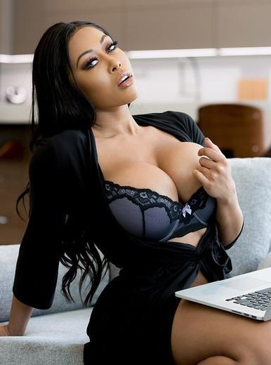 10 Videos En Hd Y 4K De La Actriz Porno Moriah Mills -1089