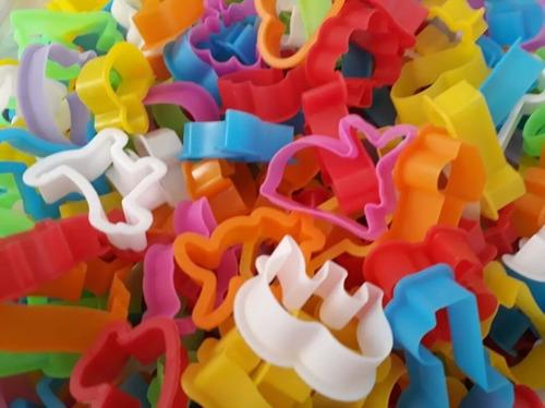 100 cortadores de massinhas de modelar,forminhas,moldes