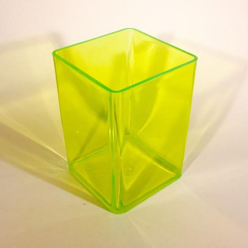 100 cubos portalapiz de color con calendario y publicidad