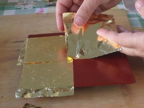 100 hojas oro c/ papel y 1/4 lt pegamento arte manualidad