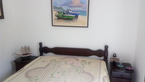 100 metros da praia em  peruibe - 5 dorms. 3 suites