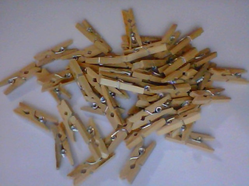 100 mini prendedores de papel - pregadores lembrancinha roup