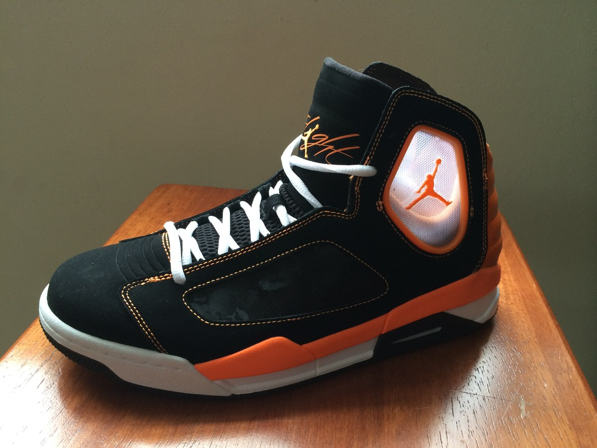 9538d10aacfc1 100% Original Botas Nike Jordan Flight Luminary Talla 9 -   285.000 ...