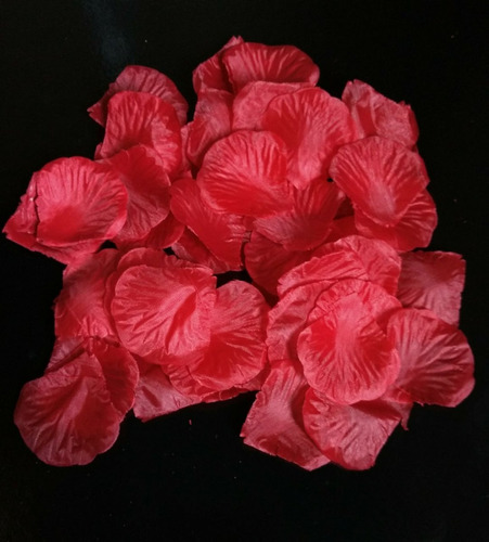 1000 pétalas atificiais vermelhas