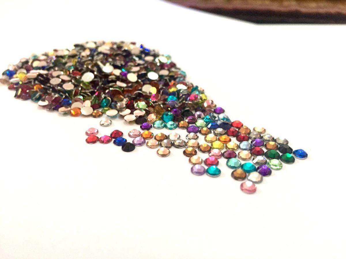 1000 piedras cristal decoracion u as acrilico swarovski for Unas con piedras swarovski